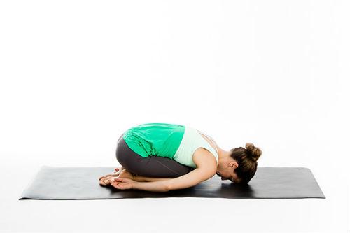 bienfaits-du-yoga-posture-enfant